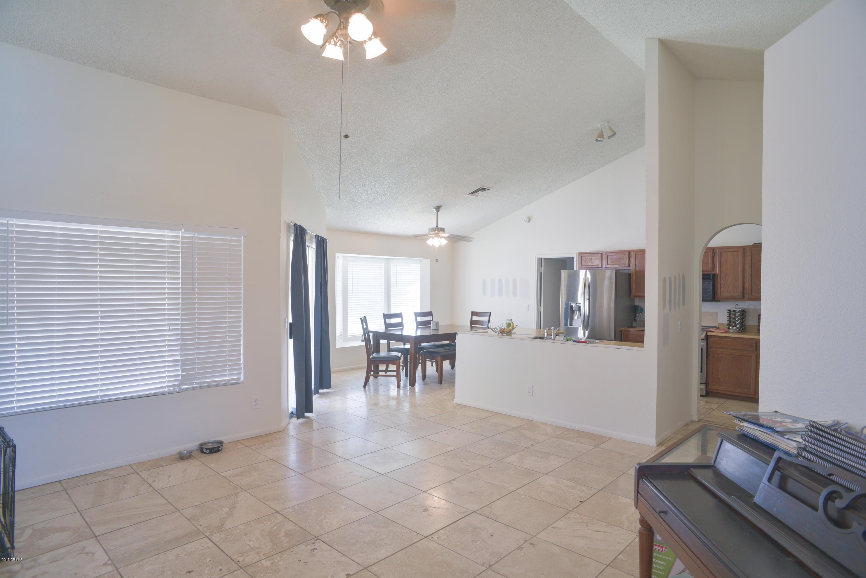 691 E Stottler Place, Chandler, AZ 85225