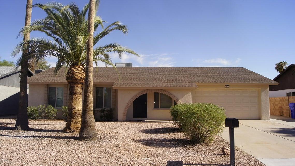 1803 W SUMMIT Place, Chandler, AZ 85224