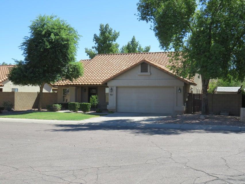 957 N NIELSON Street, Gilbert, AZ 85234