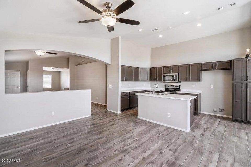 9027 E FOX Street, Mesa, AZ 85207