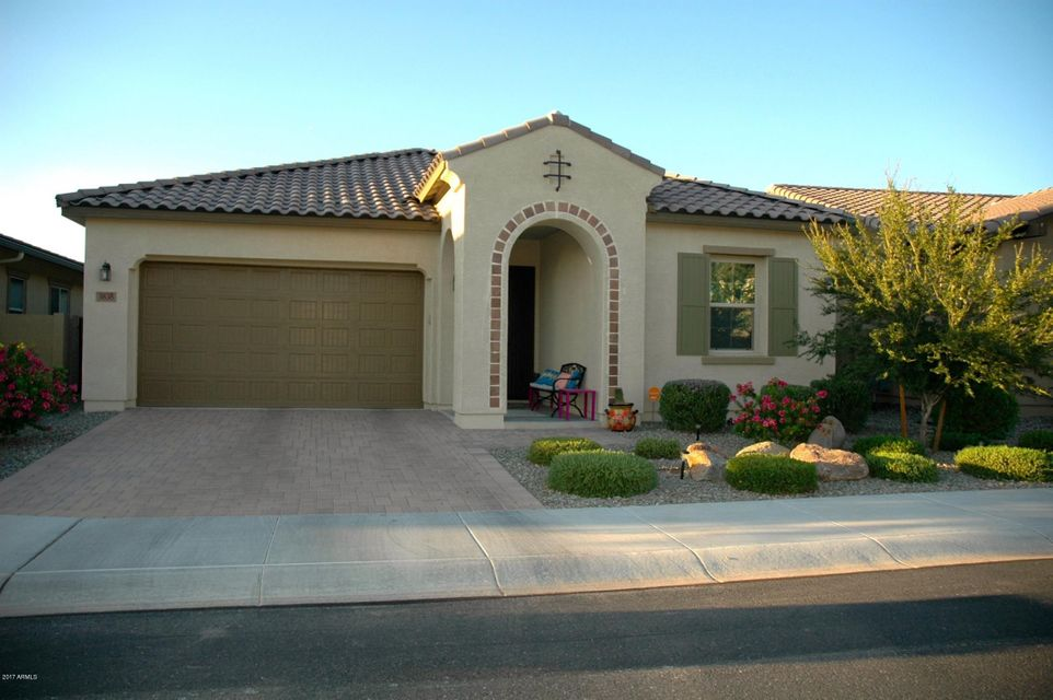 3838 E RAKESTRAW Lane, Gilbert, AZ 85298