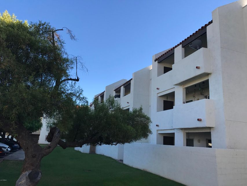 4730 W NORTHERN Avenue 1067, Glendale, AZ 85301