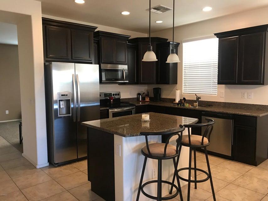 2112 E KINGS Avenue, Phoenix, AZ 85022