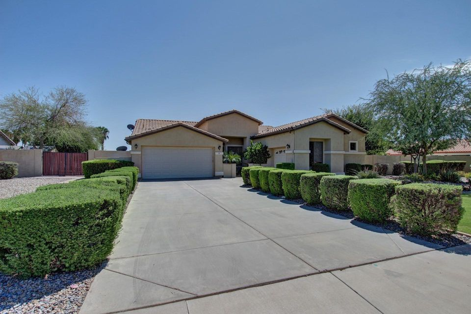 2601 E RAWHIDE Street, Gilbert, AZ 85296