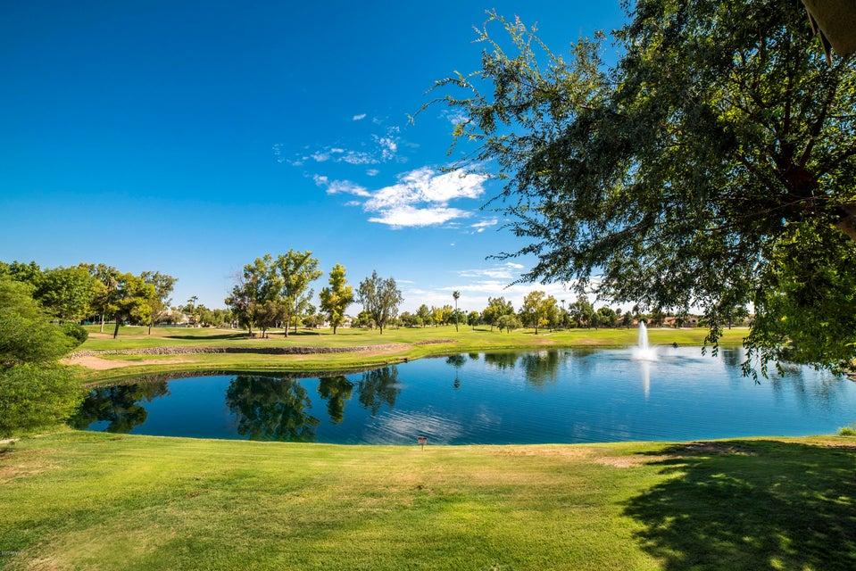 7401 W ARROWHEAD CLUBHOUSE Drive 2035, Glendale, AZ 85308