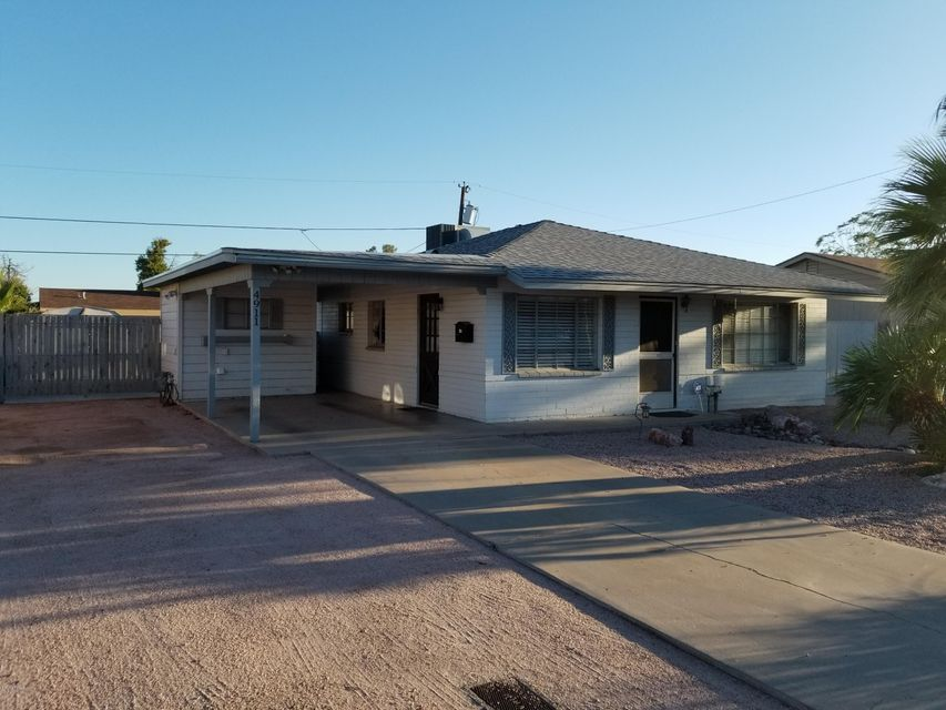 4911 W FLYNN Lane, Glendale, AZ 85301
