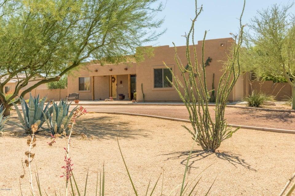 24521 W RED ROBIN Drive, Wittmann, AZ 85361