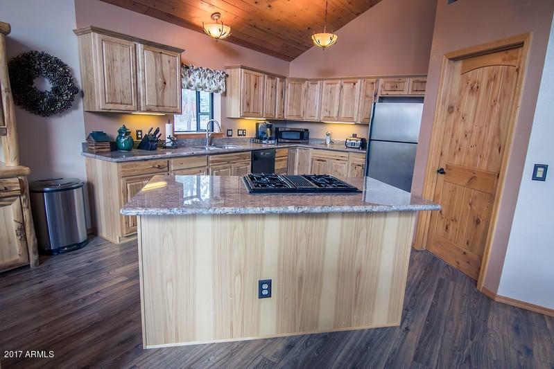 2323 Lakeshore Circle Lakeside, AZ 85929 - MLS #: 5655790