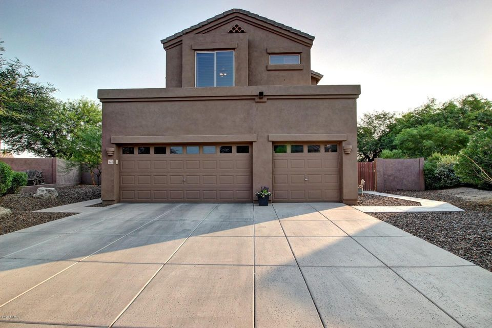 3055 N Red Mountain --