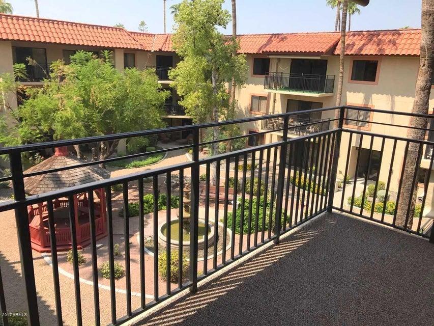 10330 W THUNDERBIRD Boulevard A308, Sun City, AZ 85351
