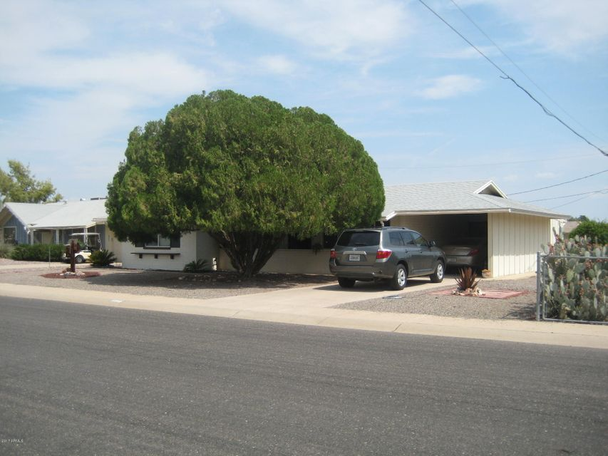10508 W LA JOLLA Drive, Sun City, AZ 85351
