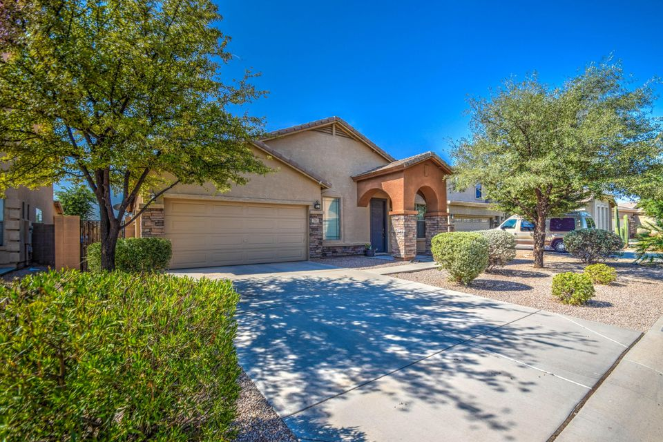 2951 E Cowboy Cove Trail