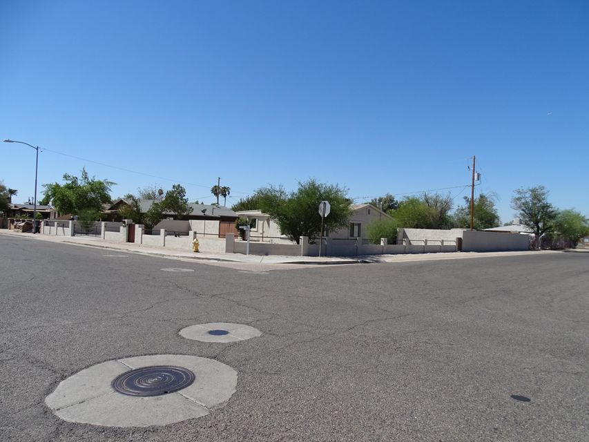 6544 N 52ND Drive, Glendale, AZ 85301