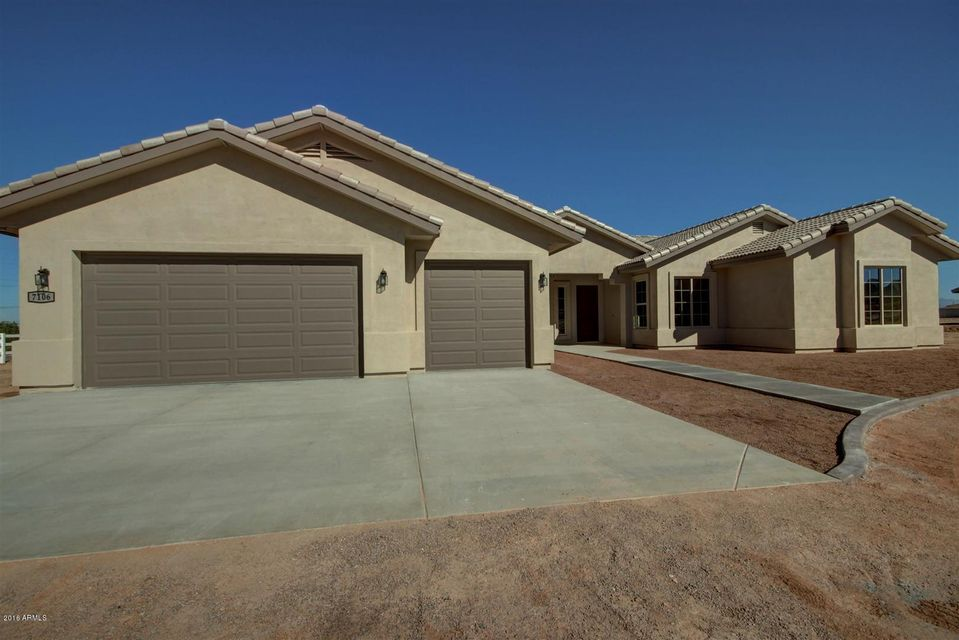 N Boyd Road E, Apache Junction, AZ 85119