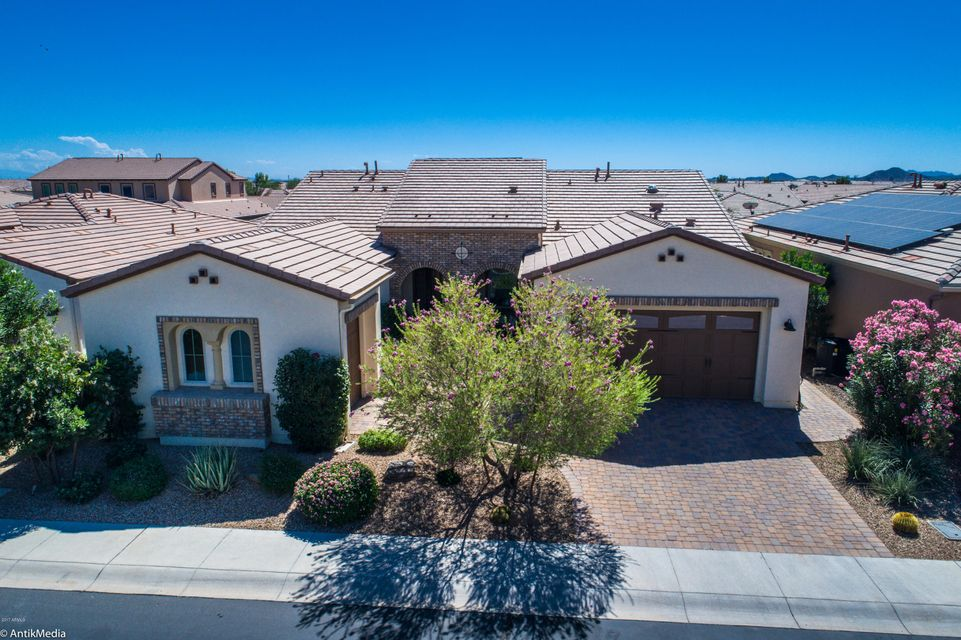 1589 E Amaranth Trail
