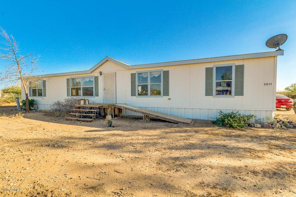 5011 E Santa Clara Drive