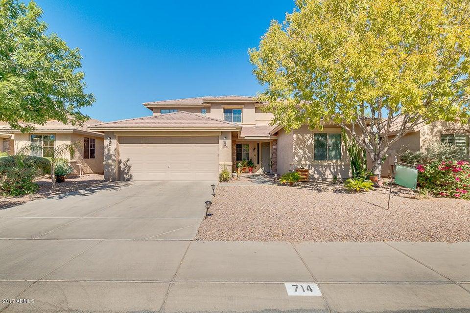 714 W Desert Hills Drive
