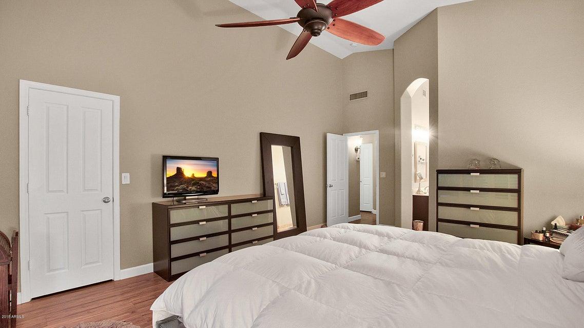 1138 E AMBERWOOD Drive Phoenix, AZ 85048 - MLS #: 5716687
