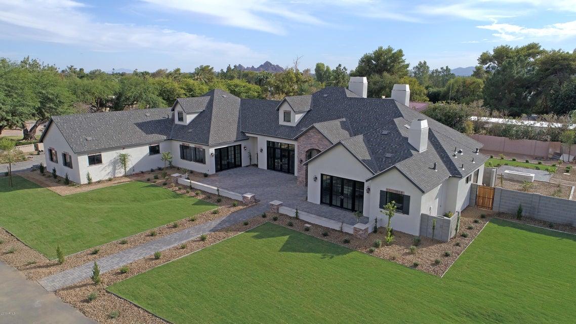 5301 E Royal View Drive