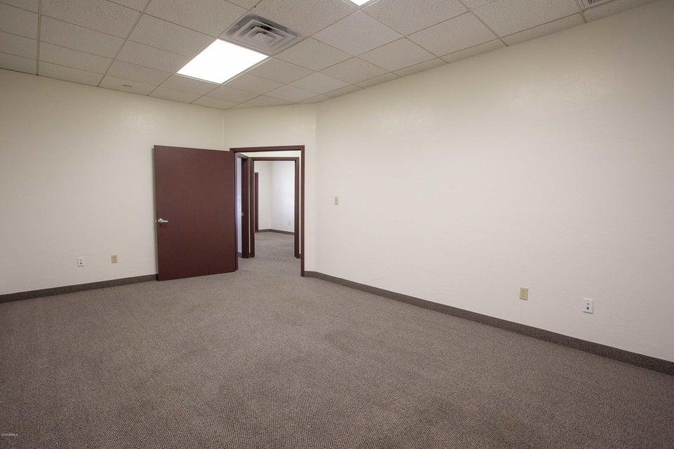 1825 E NORTHERN Avenue Unit 225 Phoenix, AZ 85020 - MLS #: 5722911