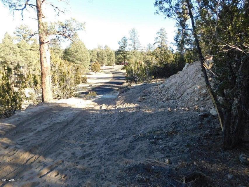 1905 PINE Drive Overgaard, AZ 85933 - MLS #: 5702588