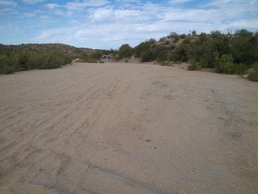 2 miles S Barkerville Road Florence, AZ 85132 - MLS #: 5727614