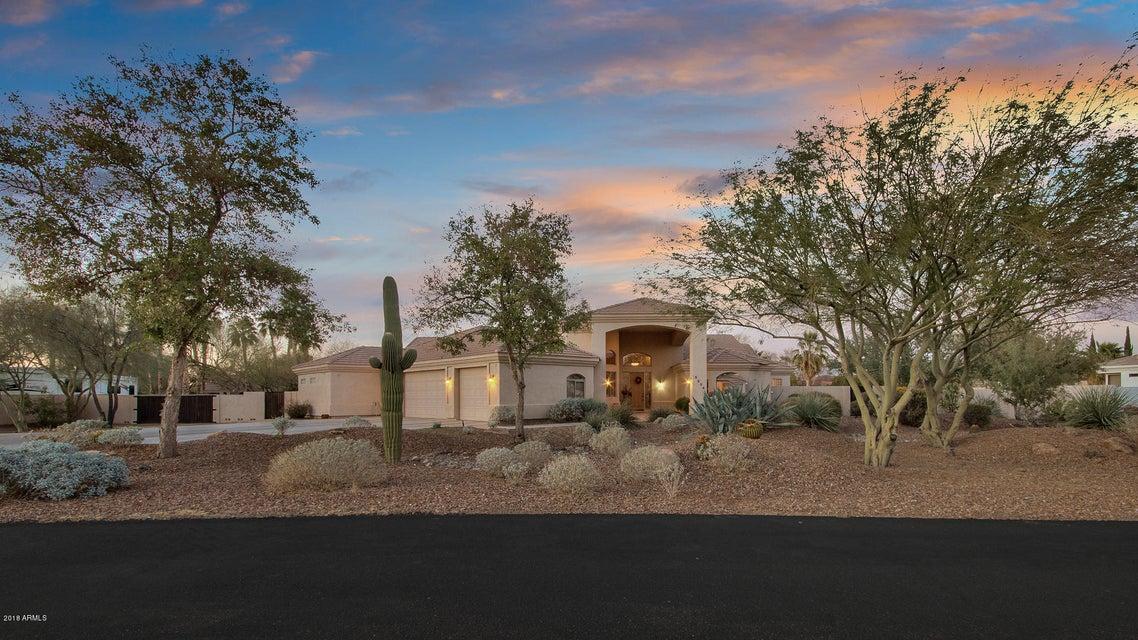 5204 W Desert Drive