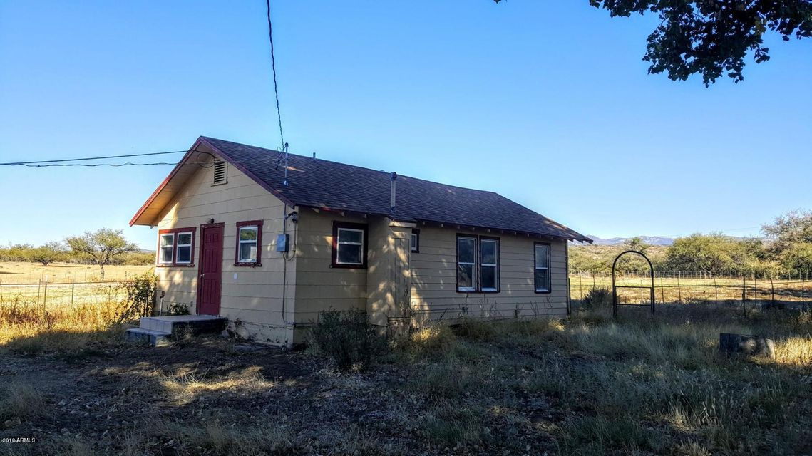 5200 S OLD SKULL VALLEY Road Skull Valley, AZ 86338 - MLS #: 5740371