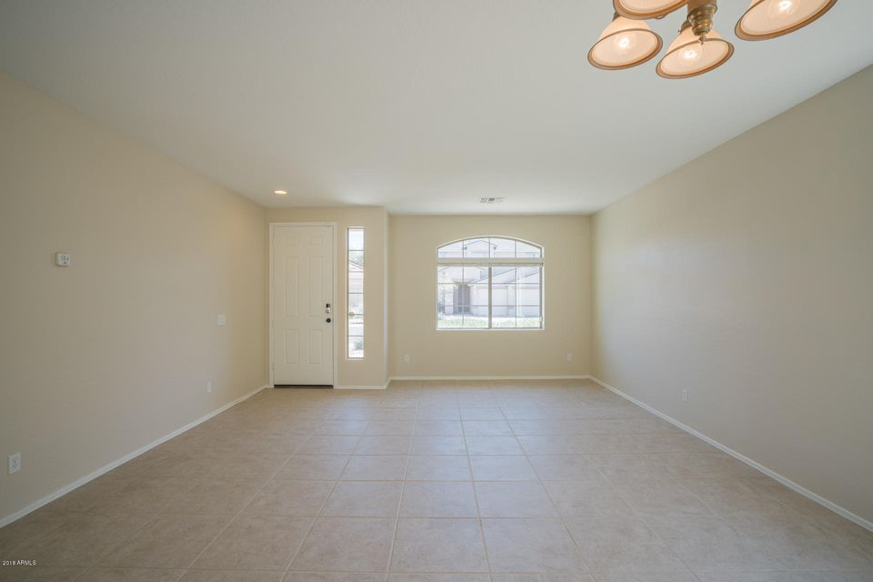10142 W RIVERSIDE Avenue Tolleson, AZ 85353 - MLS #: 5743659