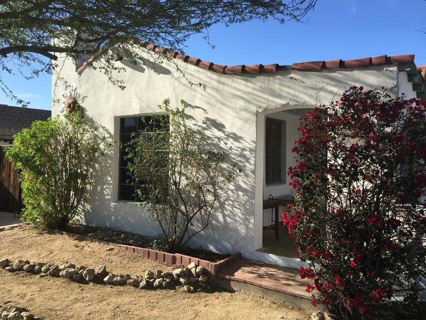 2042 E OAK Street Phoenix, AZ 85006 - MLS #: 5748690