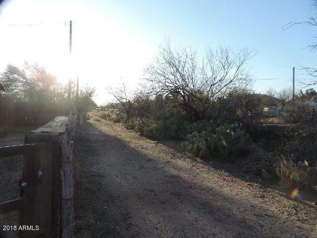 22805 W CACTUS WREN Lane Congress, AZ 85332 - MLS #: 5750896