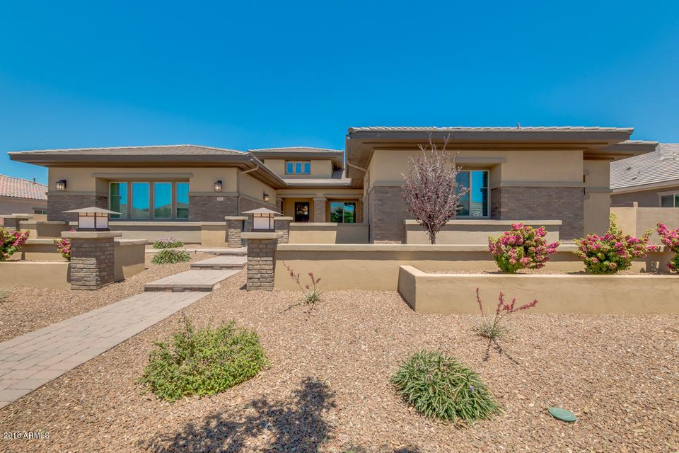 2052 E CRESCENT Way, Gilbert AZ 85298