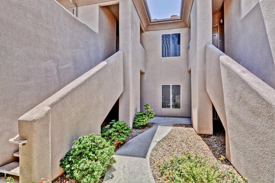 7401 W ARROWHEAD CLUBHOUSE Drive Unit 1007 Glendale, AZ 85308 - MLS #: 5778020