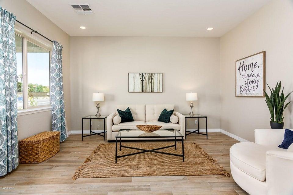 1533 W CALDWELL Street Phoenix, AZ 85041 - MLS #: 5778023