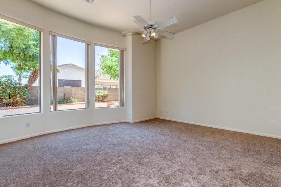 621 W DESERT Avenue Gilbert, AZ 85233 - MLS #: 5778191