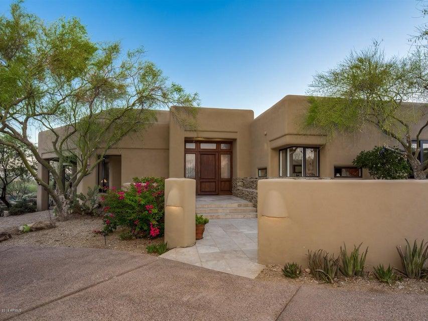 Photo of 10018 E SUNDANCE Trail, Scottsdale, AZ 85262