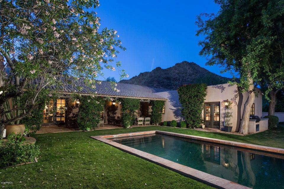 6830 N DESERT FAIRWAYS Drive Paradise Valley, AZ 85253 - MLS #: 5602409
