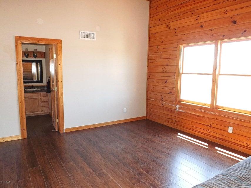 2245 BEAR CLAW Drive Overgaard, AZ 85933 - MLS #: 5634401