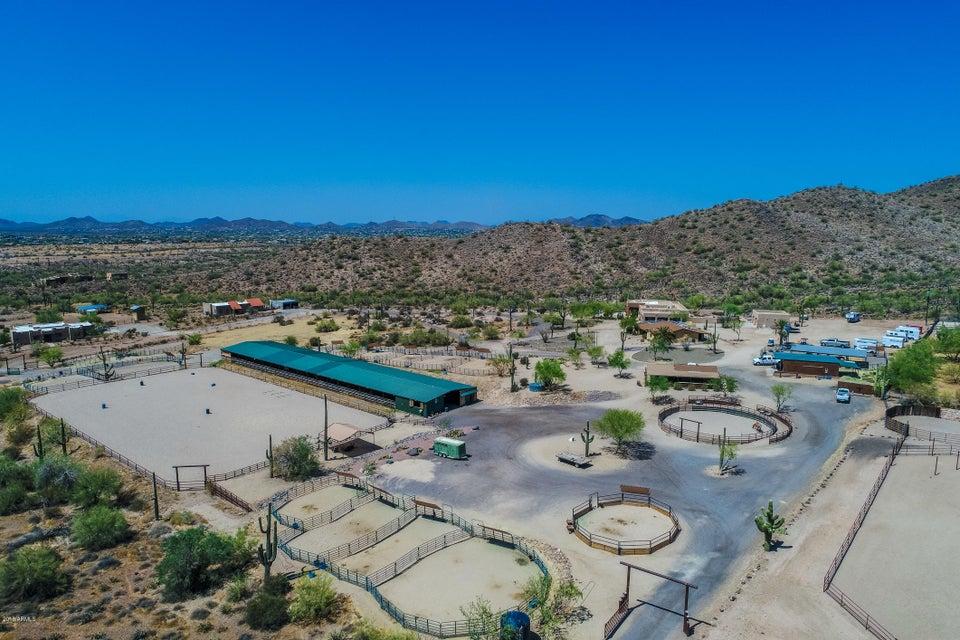 2420 E Desert Hills Drive
