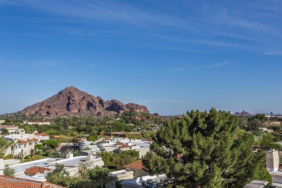 3800 E LINCOLN Drive 7, Phoenix, AZ 85018
