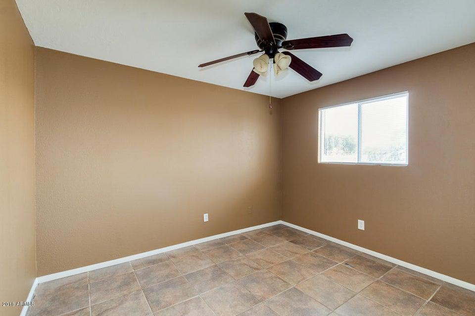 4421 N 70TH Avenue Phoenix, AZ 85033 - MLS #: 5796425
