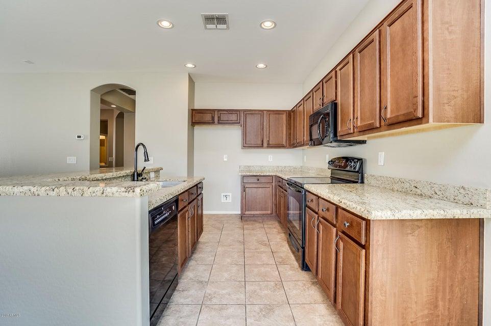 293 W DRAGON TREE Avenue San Tan Valley, AZ 85140 - MLS #: 5799656