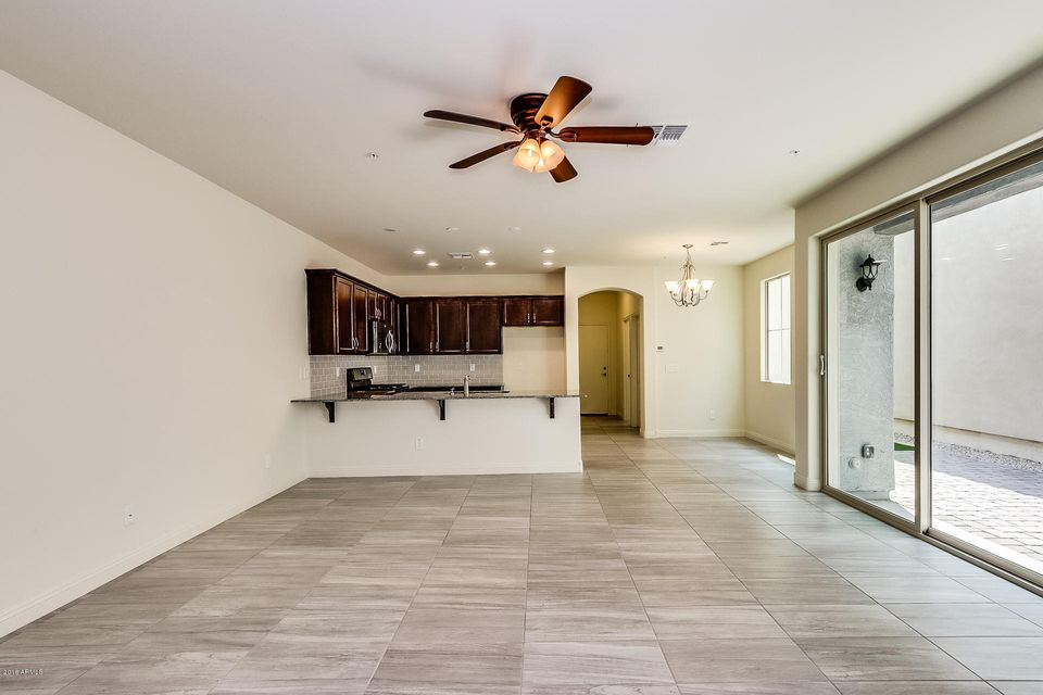 20909 W MAIDEN Lane Buckeye, AZ 85396 - MLS #: 5799976