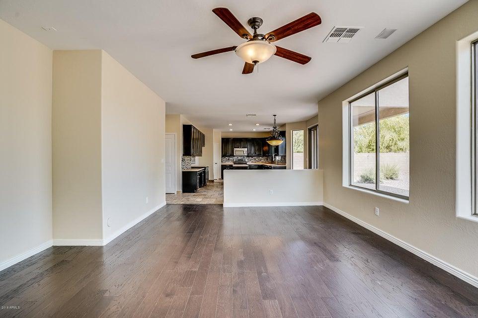 236 E PASO FINO Way San Tan Valley, AZ 85143 - MLS #: 5800471