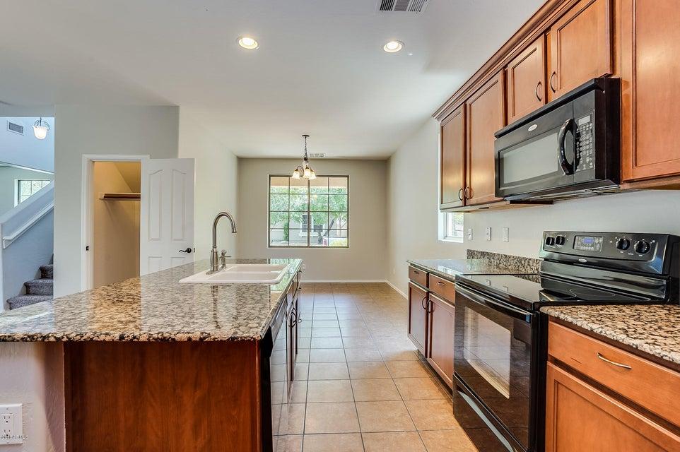 1722 S ROANOKE Street Gilbert, AZ 85295 - MLS #: 5801633