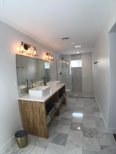 4210 N 4TH Avenue Phoenix, AZ 85013 - MLS #: 5802888