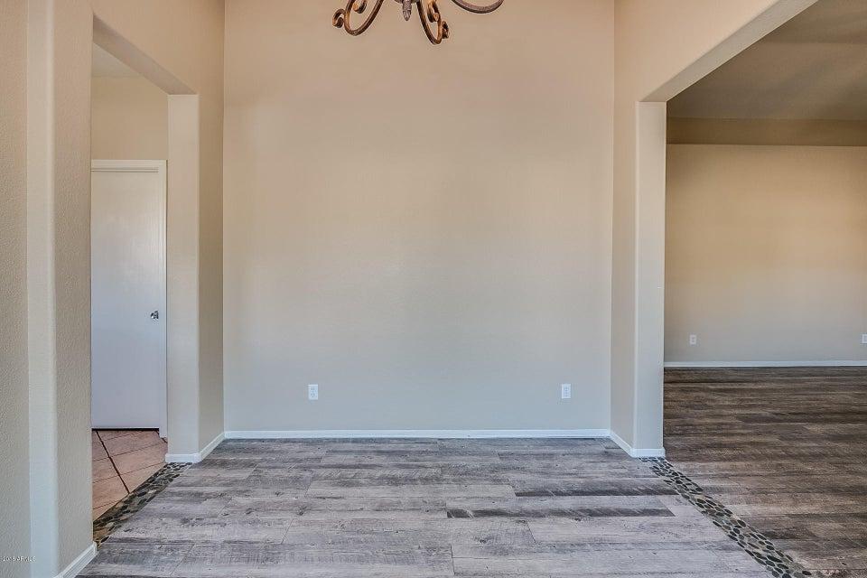 4051 W DESERT HOLLOW Drive Phoenix, AZ 85083 - MLS #: 5803328