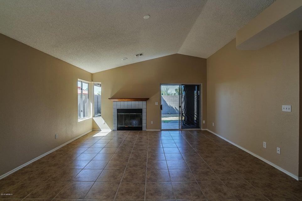 1102 E VILLA THERESA Drive Phoenix, AZ 85022 - MLS #: 5803433