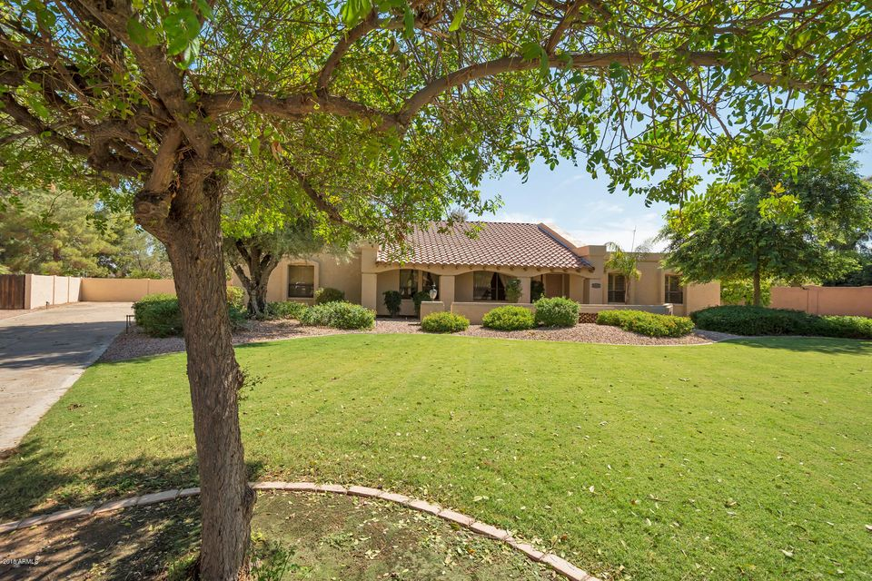 8113 E Quarterhorse Trail