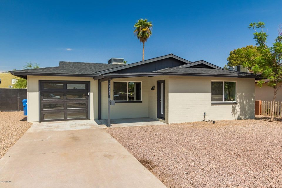 2228 E PARADISE Drive Phoenix, AZ 85028 - MLS #: 5824734